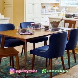 Set Meja Makan Scandinavian Modern