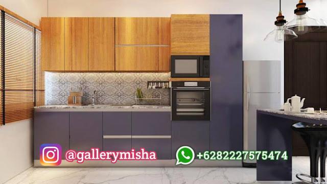 Dapur simpel bersama dengan corak terang