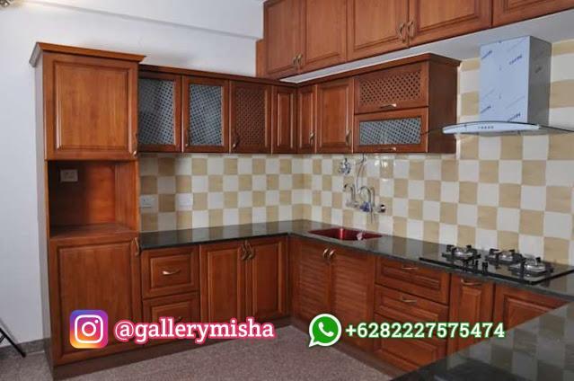Dapur tradisional bersama material kayu