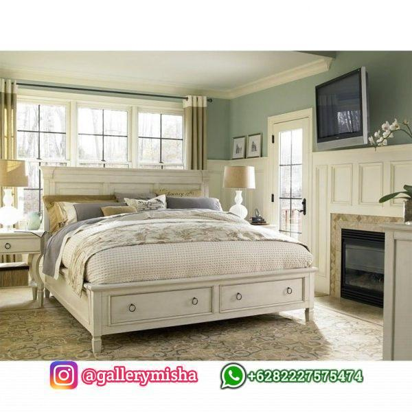 Tempat Tidur Utama Minimalis Elegan